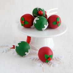 So Whipped: Christmas Cake Pops