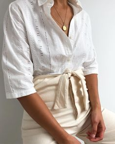 c92631a7515619 320 Best Shirt outfits (button up down) images in 2019