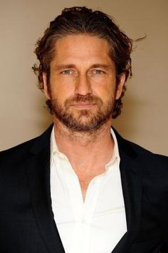 What The Butler Saw: Another Great Gerard Butler Interview. Seen Some Of It  Before
