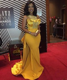 Plus Size Sexy Mermaid 2018 Joselyn Dumas Prom Dresses African Scoop Crystal Beaded Satin Celebrity Dresses Women Yellow Evening Gowns Yellow Evening Gown, Black Evening Dresses, Cheap Evening Dresses, Evening Gowns, African Evening Dresses, African Attire, African Fashion Dresses, African Wear, African Dress