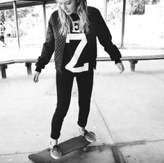 skater girl All About Eve, Skater Girls, Denim, My Style, Jackets, Clothes, Fashion, Down Jackets, Tall Clothing