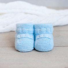 Botitas para bebé tejidas a mano por ALittleDresses en Etsy
