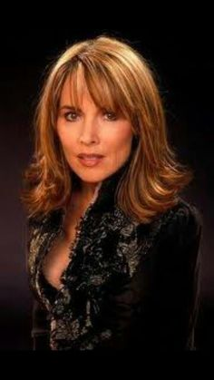 Lauren Koslow, one of my first style icons I grew up on days of our lives and her character was such a strong lady with just the right sprinkle of b*tch