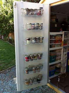 Clever Garden Shed Storage Ideas 42 In order to have a wonderful Modern Garden Decoration, it's useful to be available … Outdoor Storage Sheds, Garden Tool Storage, Outdoor Sheds, Backyard Storage, Outdoor Gardens, Jacuzzi, Storage Shed Organization, Storage Ideas, Garage Storage