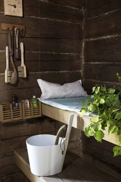 From a rundown hut to a sauna hut of our dreams Sauna Shower, Spa Sauna, Hygge, Modern Saunas, Home Interior, Interior Decorating, Sauna Wellness, Japanese Bath House, Sauna House