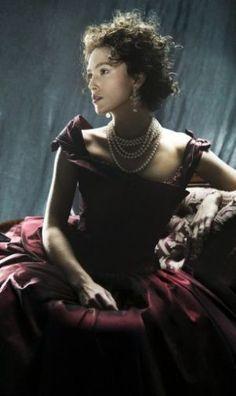 Anna Karenina 2012 | via Tumblr #CostumeDesign: Jacqueline Durran | Anna's purple day dress - mylusciouslife.com