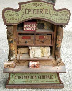 Ancien jouet - Sfbj. Epicerie - Alimentation générale. XIXème. Dolls House Shop, Mini Doll House, Doll Shop, Antique Dollhouse, Dollhouse Dolls, Miniature Dolls, Antique Toys, Vintage Antiques, Toy Kitchen