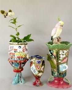 Inspiratie dagen Menno Kroon in Cothen Mosaic Art Projects, Mosaic Crafts, Mosaic Vase, Mosaic Tiles, Mosaic Artwork, Alice In Wonderland Tea Party, Mosaic Madness, Mosaic Garden, Kintsugi