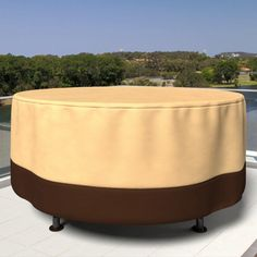 All-Seasons Round Polypropylene Outdoor Patio Table Cover - P5A31KB1, Budge Industries