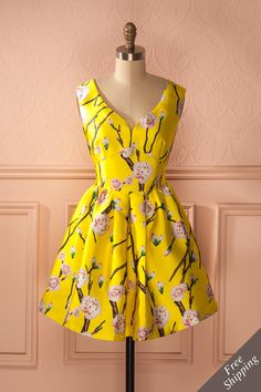 Isabeth - Yellow a-line dress with floral print