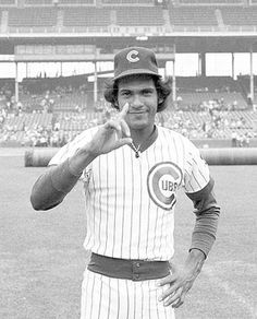 December 25 Merry Christmas and Happy birthday to Manny Trillo (Chicago Cubs, 1975-1978, 1986-1988)