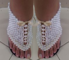 Sandália bordada em perolas, Super Top!