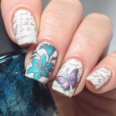 Floral #nailstamping shared by @ladyandthe_stamp,more details shared in bornprettystore.com, try it soon. #flowernails