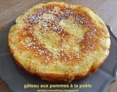 Dans la cuisine dHilary: Gâteau à la poêle aux pommes / Apple pan cake Churros, Apple Recipes, Sweet Recipes, Beignets, Desserts With Biscuits, Let Them Eat Cake, Love Food, Delicious Desserts, Sweet Tooth