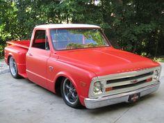 i really like the old school flat paint rake drop and big wheels. Really a sharp parts truck