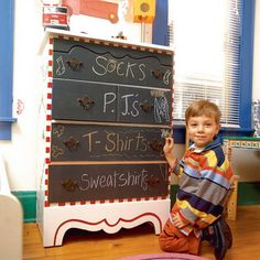 how cute! To all those with little kids! Get some chalkboard paint! I love it!