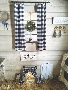 "Fresh Eggs Daily®: Chicken Coop Curtains ""Pretty with a Purpose"" Chicken Coop Designs, Chicken Coop Decor, Best Chicken Coop, Backyard Chicken Coops, Chicken Coop Plans, Building A Chicken Coop, Chicken Runs, Chickens Backyard, City Chicken"