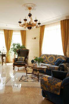 wohnzimmer gelbe gardinen tolles sofa blumen - Gelbe Dekowand Blume Fr Wohnzimmer