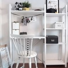 Cute AND practical? That's what we do best. 😍 Bright Office Decor, Girly Room, Interior, Furniture Decor, Home Decor, Home Office Design, Small Space Office, Shelving, Kid Room Decor