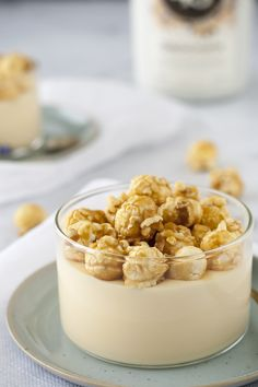 White chocolate mousse with Licor 43 Orochata topped with salted caramel popcorn