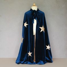 This cape would be perfect for the teacher who wants to go all out for the magic classroom!