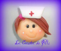 LA CASITA DE PULI: Broches de enfermeras para Merce