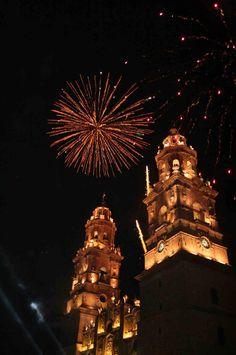 Ven y conoce la ciudad más importante de #Michoacán, llena de sorpresas que alberga atracciones inigualables, rodeada de una hermosa vista colonial que hacen de #Morelia un lugar imperdible! Nos abre sus puertas el Hotel Florencia Regency Morelia, confort y atención al mejor precio! http://www.florenciaregency.mx/