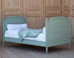 Swedish Andres Twin Bed available @ CoachBarn.com lends royalty-inspired elegance to a kids bedroom in ocean aqua. #kidsbeds #bluebed #twinbed #coachbarn