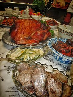 Thanksgiving Feast! Cook Colonial Thanksgiving Recipes from American History | PBS' A Taste of History (Links to recipes for Chestnut Fritters, Apple and Cranberry Cobbler, Roasted Turkey with Giblet Gravy, Sage and Marjoram Stuffing, Sweet Potatoes and Apples)