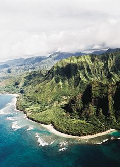 #Island getaways that make the best winter escapes? #Kauai is just one of the top 5.