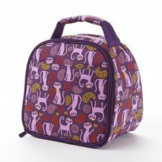 The Gabby insulated lunch bag is a lunch bag that will make both you and your child happy. Made from durable, easy to clean fabric. It has an easy to grip fabri