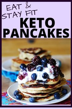 Keto pancakes low carb recipe eat and stay fit - Joghurt rezepte Greek Yogurt Pancakes, Greek Yogurt Recipes, Keto Pancakes, Quick Keto Breakfast, Breakfast Recipes, Breakfast Ideas, Diet Breakfast, Breakfast Pancakes, Sausage Breakfast