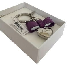COACH BOW HEART CHARM KEY FOB RING KEYCHAIN. Get the lowest price on COACH BOW HEART CHARM KEY FOB RING KEYCHAIN and other fabulous designer clothing and accessories! Shop Tradesy now