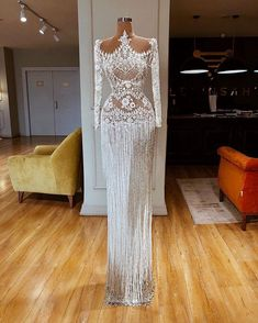 View more beautiful gowns by browsing Pageant Planet's dress gallery! View more beautiful gowns by browsing Pageant Planet's dress gallery! Gala Dresses, Event Dresses, Couture Dresses, Formal Dresses, Pretty Dresses, Sexy Dresses, Fashion Dresses, Dream Wedding Dresses, Wedding Gowns