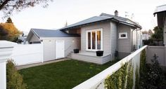 Modern weatherboard with boxed corners Exterior design ideas