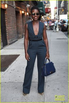 Lupita Nyong'o Shows Off Her Silly Side with Stephen Colbert | lupita nyongo shows off her silly side 06 - Photo