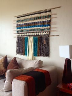 Weaving Textiles, Tapestry Weaving, Sewing Art, Sewing Crafts, Loom Weaving, Hand Weaving, Fabric Yarn, Weaving Projects, Woven Wall Hanging