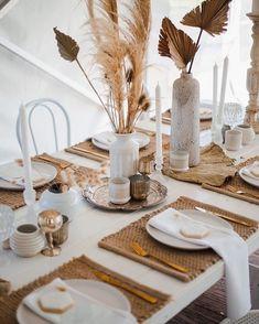 Riverside Garden, Table Setting Inspiration, Thanksgiving Table Settings, Table Set Up, Deco Floral, Wedding Decorations, Table Decorations, Wedding Table Settings, Table Wedding