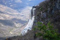 Lugares turísticos de México: Hierve el agua - http://revista.pricetravel.com.mx/lugares-turisticos-de-mexico/2015/05/02/lugares-turisticos-mexico-hierve-agua/