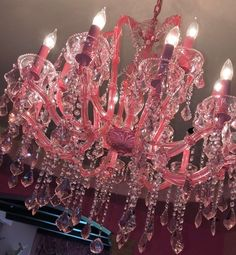 Glamour Queen Dusty Pink, Pink Purple, Pink Chandelier, Glam Room, Pink Room, Teen Girl Bedrooms, Everything Pink, Pink Princess, Pink Aesthetic