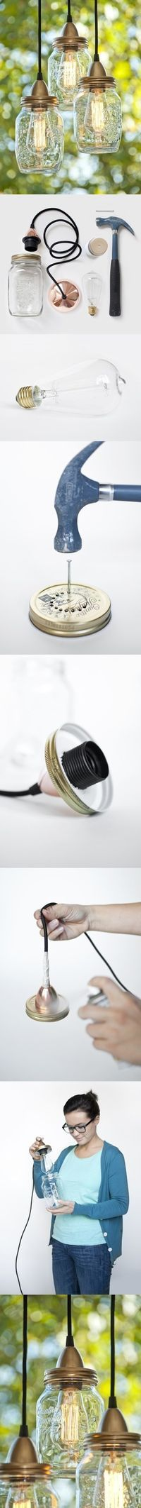 I live mason jar lights! DIY :: How to Make Mason Jar Lights Pot Mason Diy, Diy Mason Jar Lights, Mason Jar Lighting, Mason Jar Crafts, Mason Jars, Kitchen Lighting, Glass Jars, Cottage Lighting, Kilner Jars