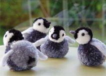 Penguin Pom poms