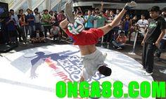 보너스머니☺️☺️☺️ONGA88.COM☺️☺️☺️보너스머: 체험머니☺️☺️☺️ONGA88.COM☺️☺️☺️체험머니 Sumo, Basketball Court, Wrestling, Sports, Lucha Libre, Hs Sports, Sport