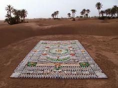 Bottle Carpe, installation à M'hamid au Maroc pour le Festival Taragalte 2012