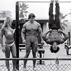 "Arnold Schwarzenegger & Franco ""The Bat"" Columbu, Venice Beach"