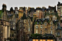Edinburgh – hmg.rocks Outlander, Places Around The World, Around The Worlds, Dream City, Scottish Highlands, Scotland Travel, Adventure Is Out There, British Isles, Glasgow