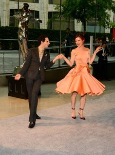 Juliette Lewis donned a vintage style dress and heels as she danced with designer Zac Posen at the 2013 CFDA Fashion Awards in New York, on Monday Vintage Style Dresses, Vintage Outfits, Vintage Fashion, Cfda Awards, Dress And Heels, Zac Posen, Classy And Fabulous, Classy Women, Beautiful Gowns