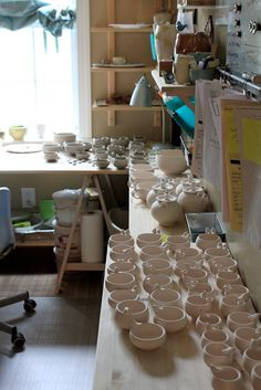 busy, busy | Flickr - Photo Sharing! Clay Studio, Ceramic Studio, Ceramic Clay, Studio Setup, Studio Ideas, Busy Busy, Studio Spaces, Pottery Tools, House By The Sea