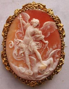 St. Michael the Archangel slaying the devil, Cornelian Shell, 18K gold tested, ca 1860, Italy