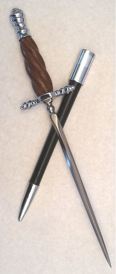 Venetian Stiletto. Cool thing, this. Might give someone a weapon like this to stab people with.